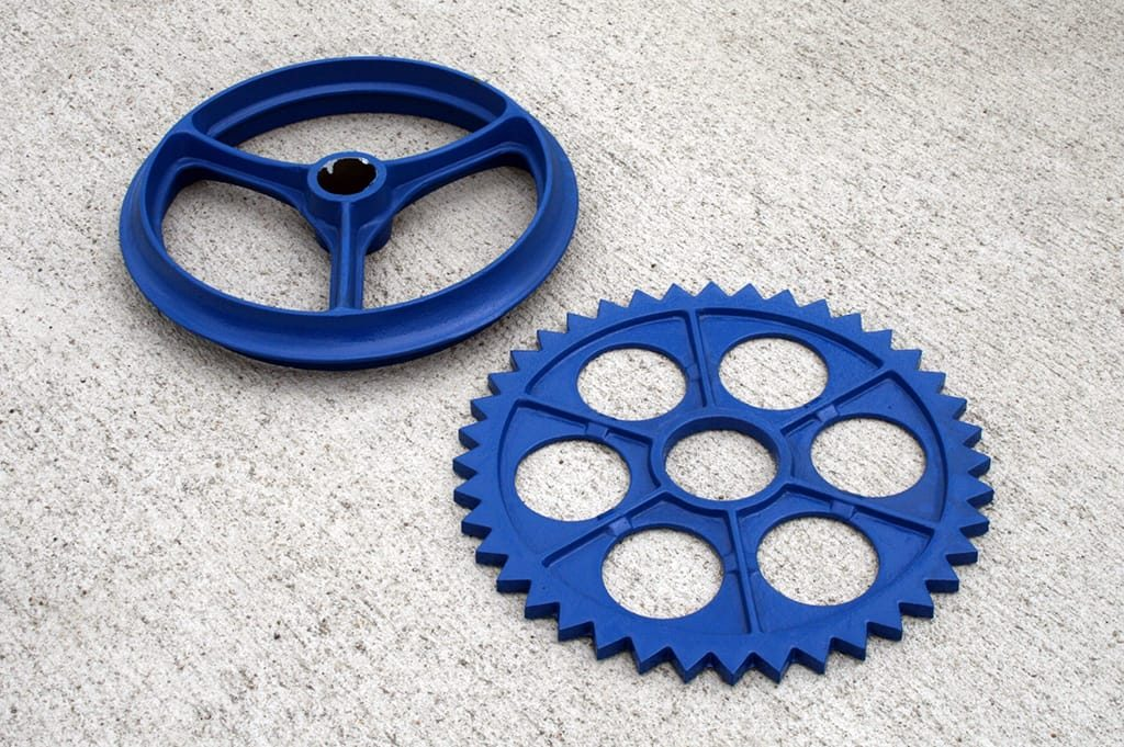 Strong and Replaceable Roller Rings