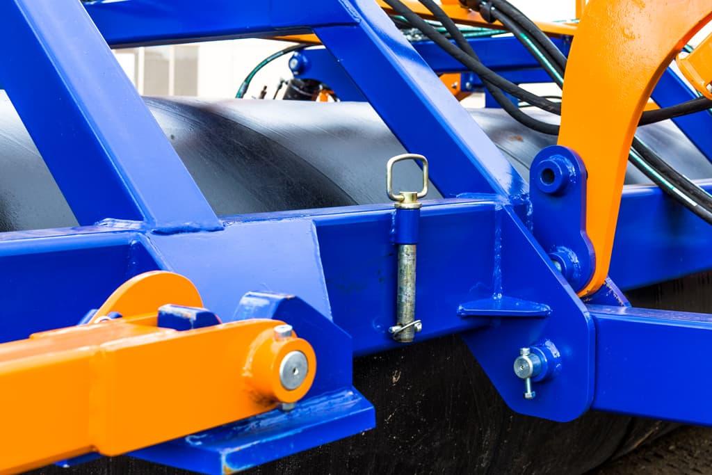 HIRES-TRI-Plex-Roller-11-Lockable-Wing-FramesFloating-web-comp