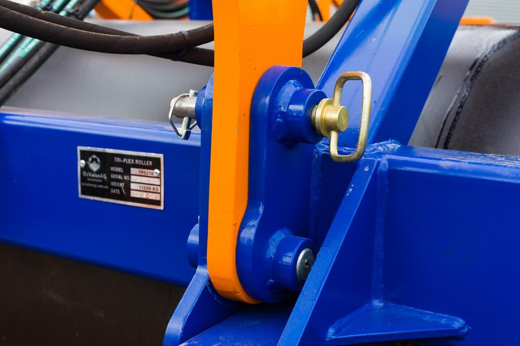 HIRES-TRI-Plex-Roller-21-Fixed-Drawbar-web-comp