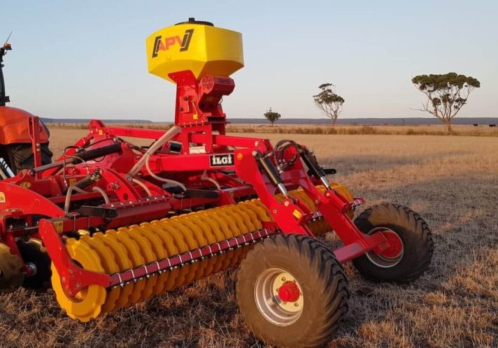 Ilgi-aragon-4m-folding-disc-roller-fitted-with-apv-ps300-m1-seeder