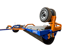 flatout-tri-plex-land-roller-crop-web-comp